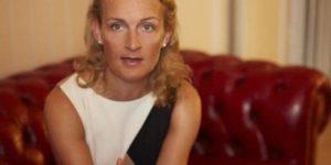 Språkexperten Julia Linden-Hill: Så förbättrar du din affärsengelska